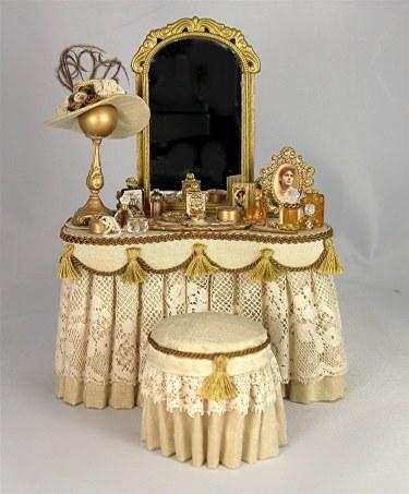 Lady S Vanity Display